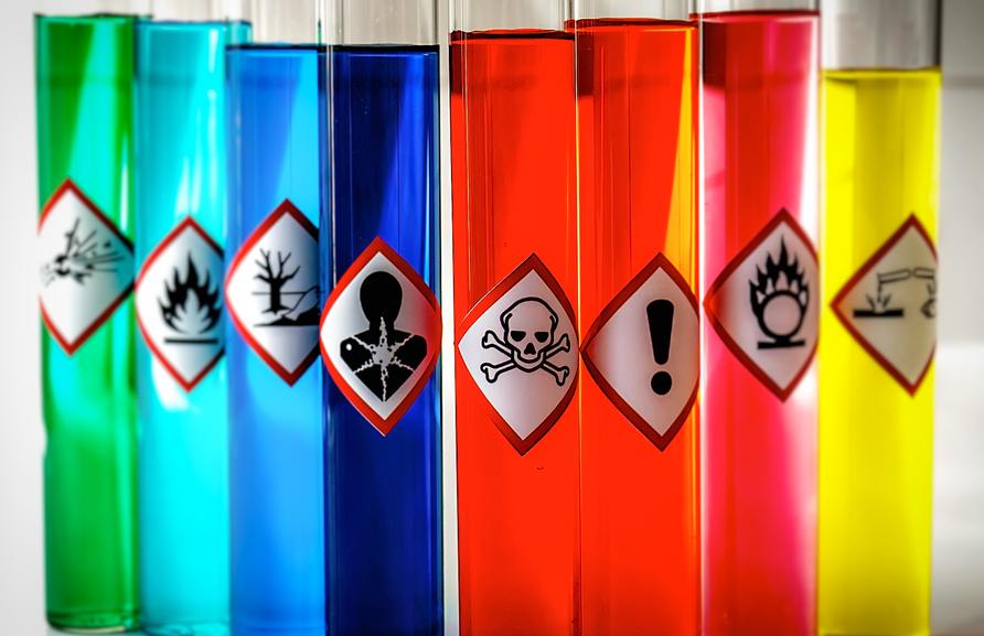 Analyse des risques liés aux agents chimiques